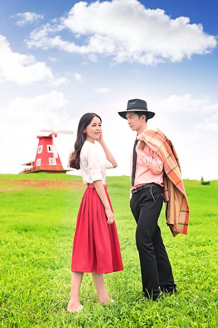 帝卡洛婚纱展示红裙08