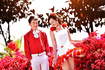 帝卡洛婚纱展示红裙03
