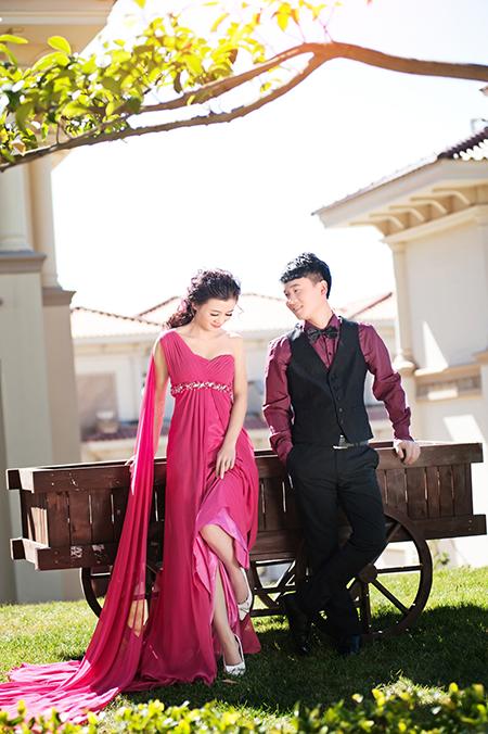 帝卡洛婚纱展示红裙06